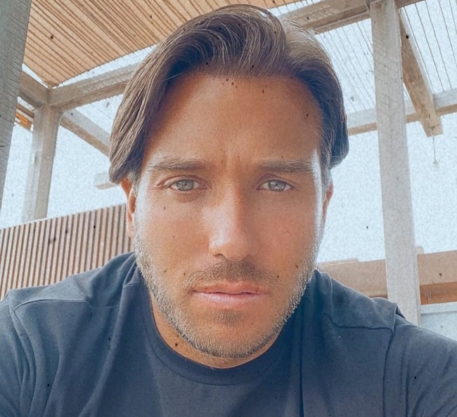 James Lock wishing everyone a happy Easter in April 2021