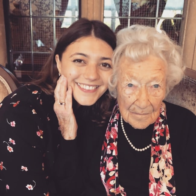 Jasmine Blackborow smiling for a picture alongside her granny