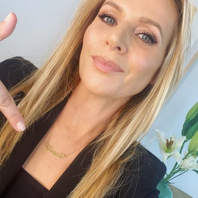 Jessalyn Gilsig as seen while taking a selfie in April 2021