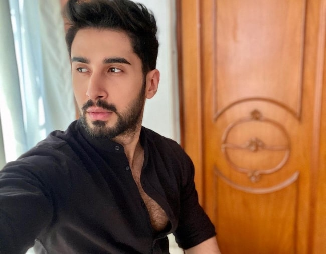 Laksh Lalwani taking a selfie in November 2020