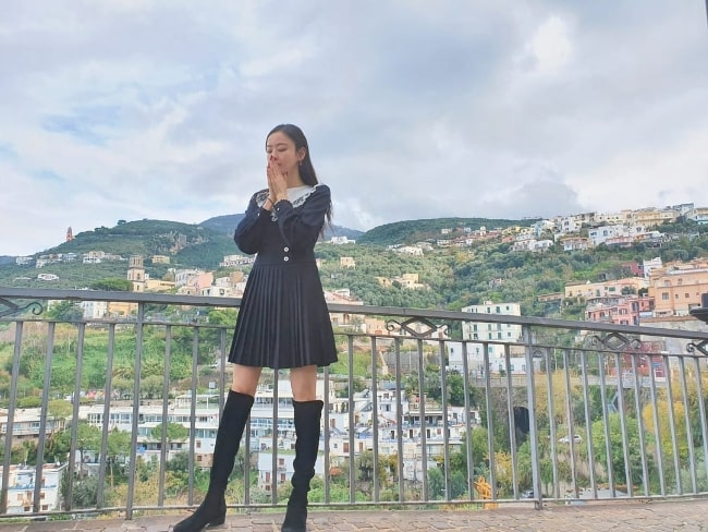 Lee Da-hee as seen while posing for a stunning picture in Positano, Italy