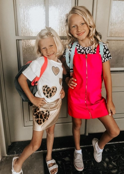 Paislee Nelson and her sister PresLee Nelson as seen in a picture that was taken in August 2019