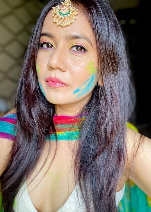 Roopal Tyagi as seen while taking a Holi selfie in March 2021