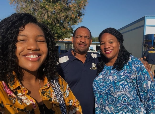 Taylor Mosby as seen while taking a selfie with her parents