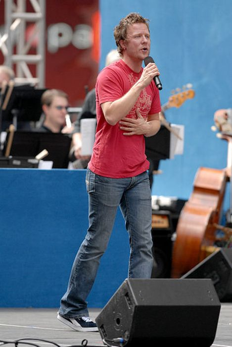 Will Chase as seen performing in 2006