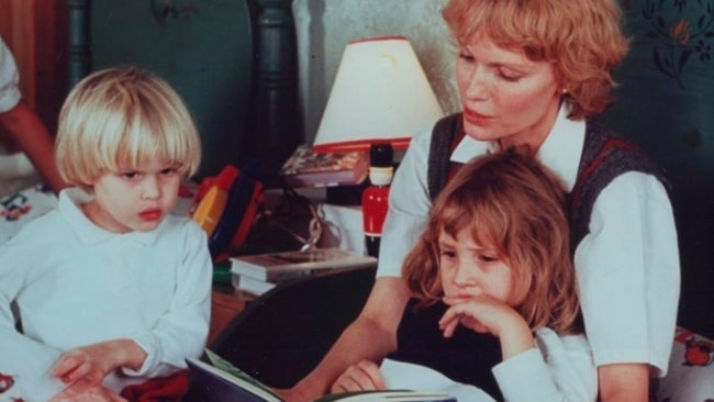 A young Dylan O'Sullivan Farrow pictured with her mother and brother Ronan Farrow