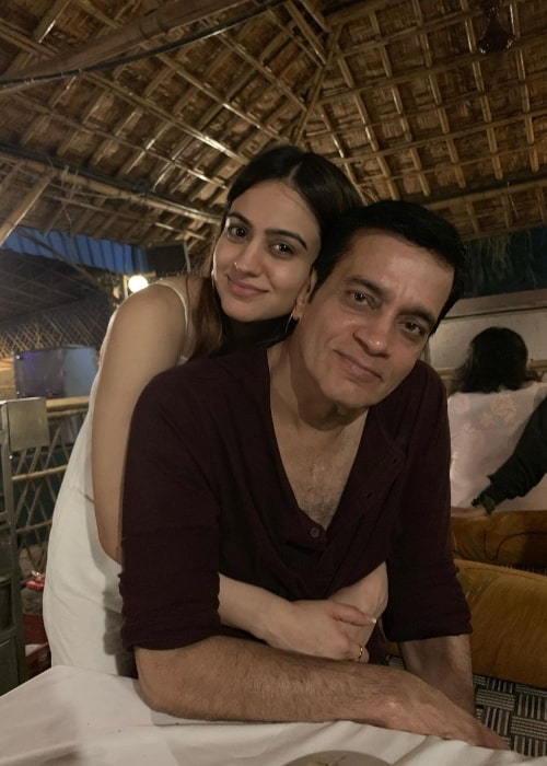 Aksha Pardasany as seen while posing for a picture alongside her father