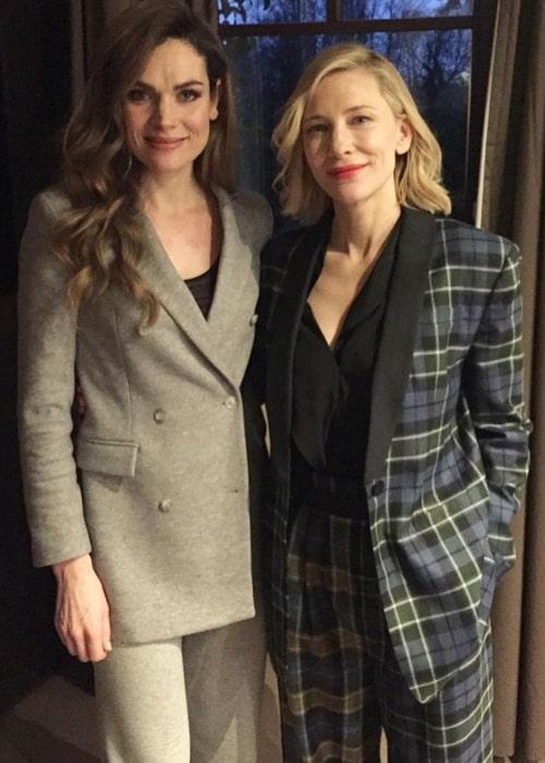 Anna Drijver (Left) posing for a picture alongside Cate Blanchett