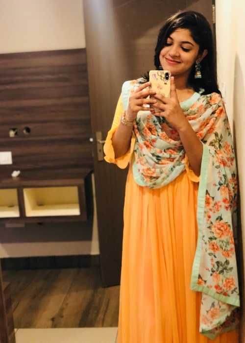 Aparna Balamurali as seen while taking a mirror selfie in Perintalmanna, Kerala in June 2018