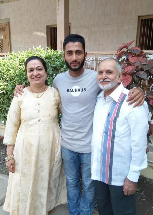 Arzan Nagwaswalla with his parents, as seen in March 2019