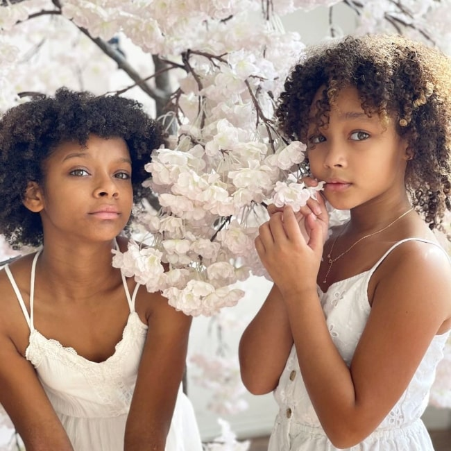 Dannah Lane and her sister Dani Lane in a picture that was taken in January 2021