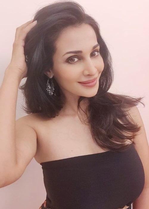Flora Saini smiling for a picture in May 2021