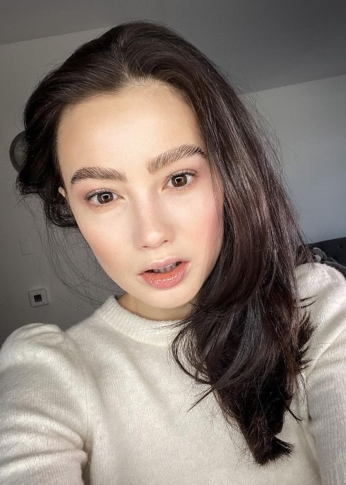 Marina Mazepa as seen while taking a selfie showing her amazing eyebrows in West Hollywood, California in January 2021