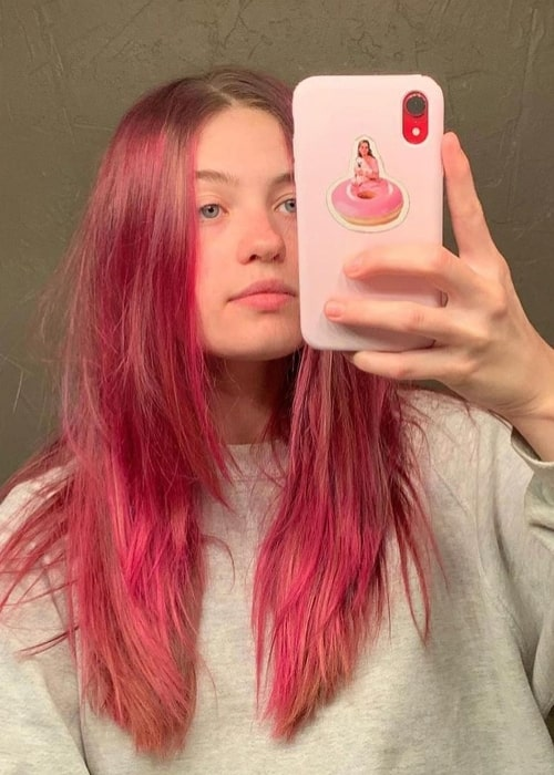 Olivia Welch as seen while taking a mirror selfie in April 2020