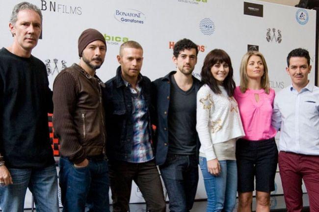 Raúl Méndez (second from left) as seen in 2013