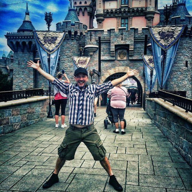 Raúl Méndez seen visiting Disneyland in 2017
