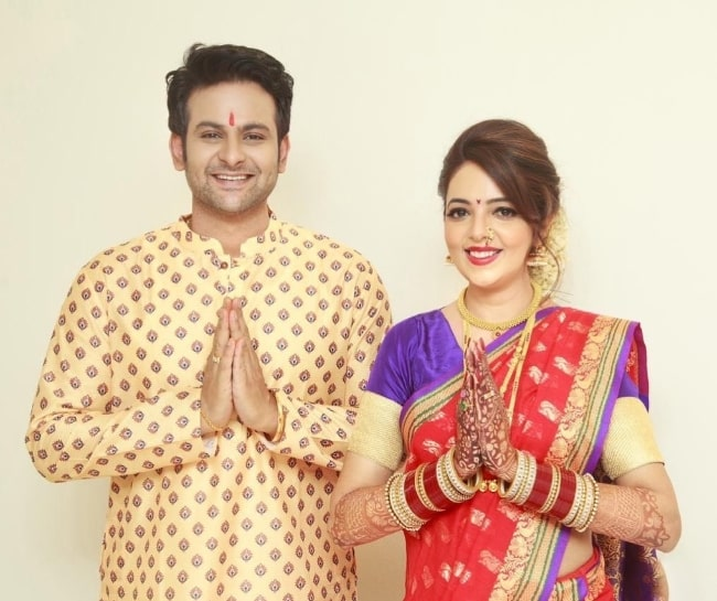 Sanket Bhosale posing for the camera alongside Sugandha Mishra in 2021