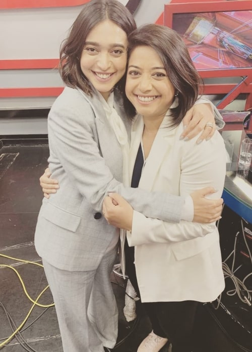 Sayani Gupta in a picture with journalist Faye D'Souza in September 2019