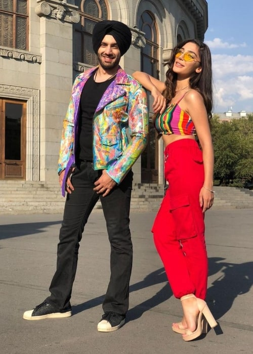Shehzad Deol as seen in a picture that was taken with Instagram star Halina Kuchey in October 2020