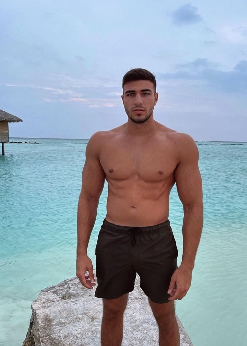 Tommy Fury as seen in a picture that was taken in the Maldives in December 2020