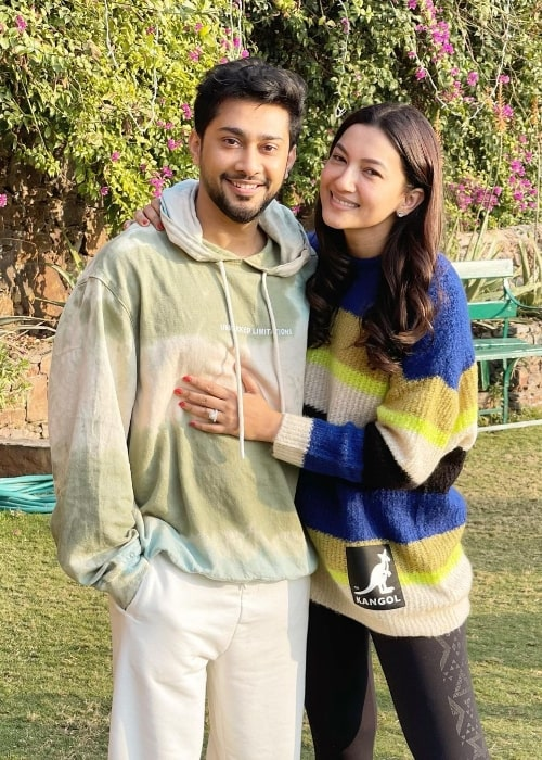 Zaid Darbar smiling for a picture alongside Gauahar Khan at Neemrana Fort Palace in January 2021