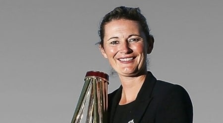 Charlotte Edwards Height, Weight, Age, Body Statistics