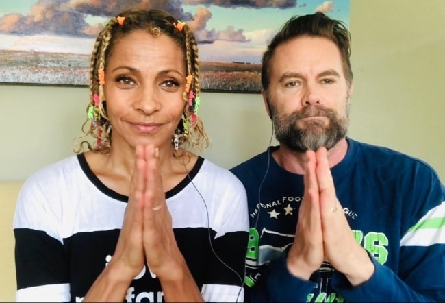 Garret Dillahunt happy with his wife in May 2020