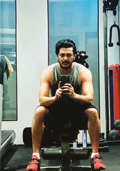 Jisshu Sengupta in May 2020 busy at the gym