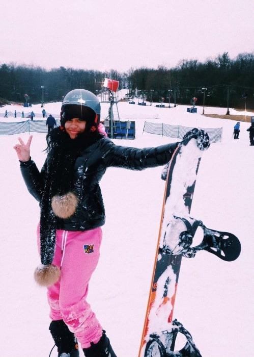 Lola Ann Clark having fun snowboarding in January 2021