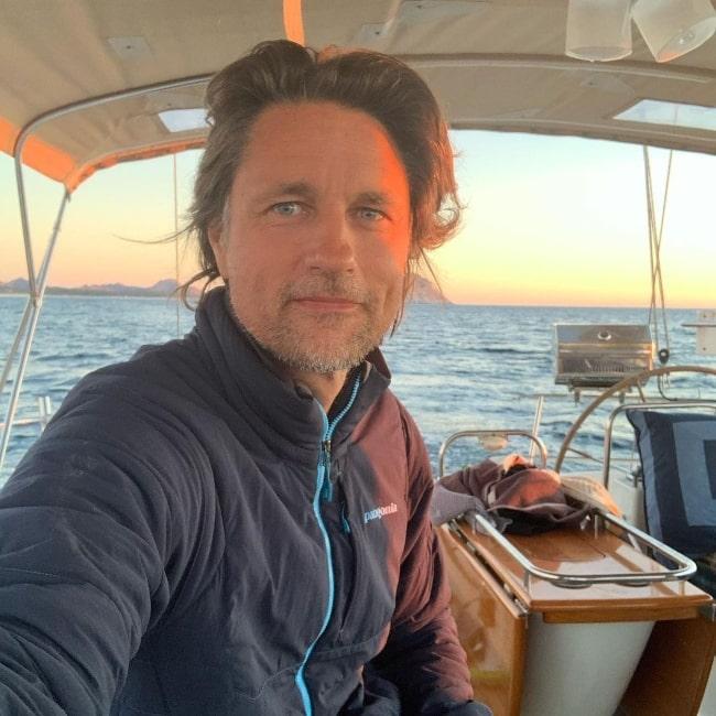 Martin Henderson clicking a selfie in Los Frailes, Baja California Sur, Mexico