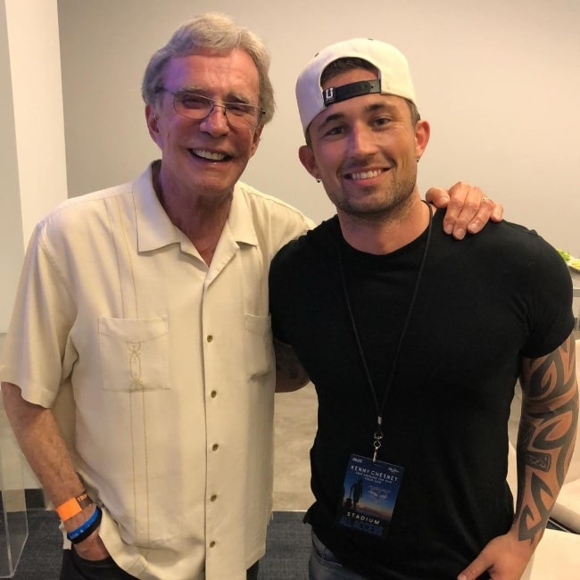 Michael Ray (Right) and Bob Kingsley in an Instagram post in October 2019