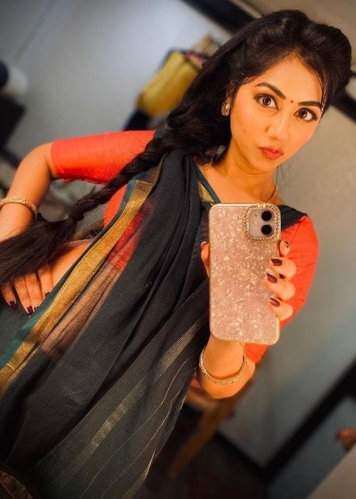 Reema Worah as seen while clicking a mirror selfie in September 2020