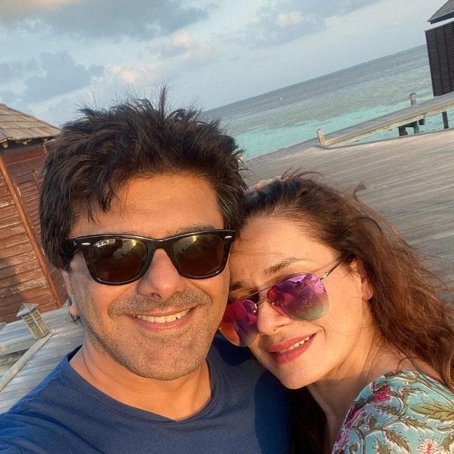 Samir Soni smiling in a selfie alongside Neelam Kothari in February 2021