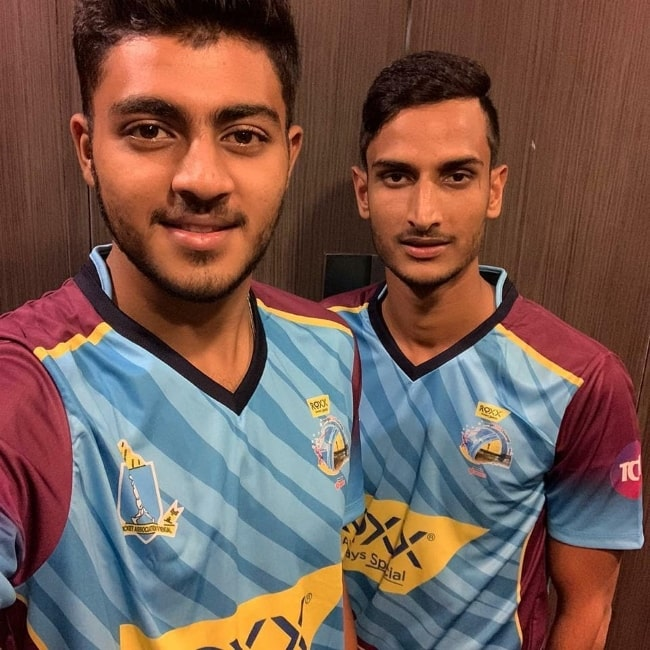 Shahbaz Ahmed (Right) in a selfie with Prayas Ray Barman
