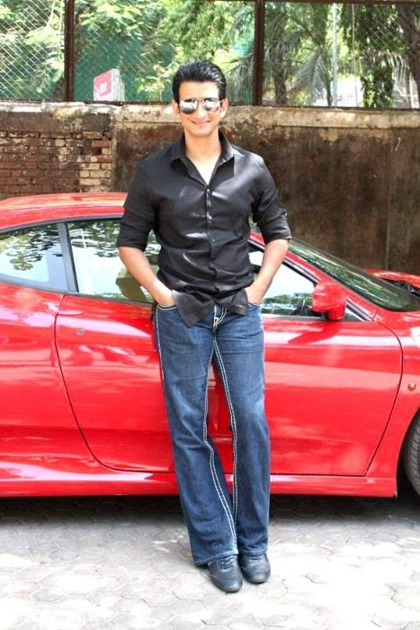 Sharman Joshi as seen while promoting 'Ferrari Ki Sawaari' at IIFA 2012
