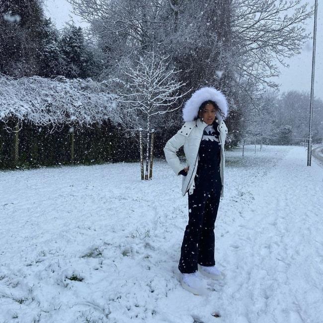 Tamara Smart as seen while enjoying the snow in London, England, United Kingdom in January 2021