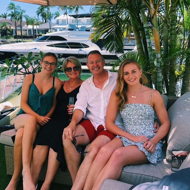 Ariarne Titmus as seen in a picture with her family sister Mia and parents Robyn and Steve Titmus in Gold Coast, Queensland in December 2018