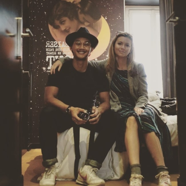 Josh Dela Cruz as seen in a picture with his wife Amanda in 2016
