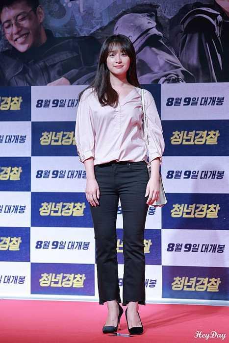 Kim Ji-won as seen in August 2017