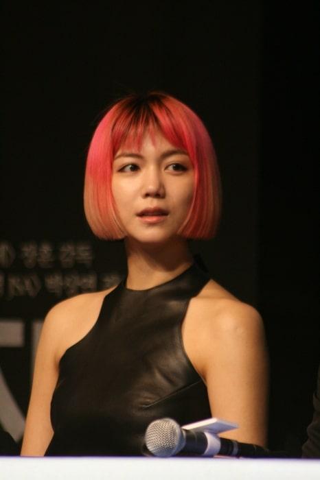 Kim Ok-vin in 2011