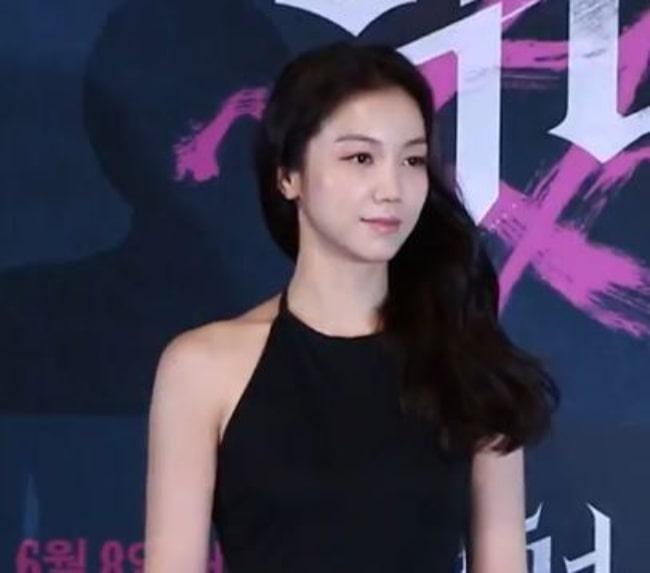 Kim Ok-vin in 2017