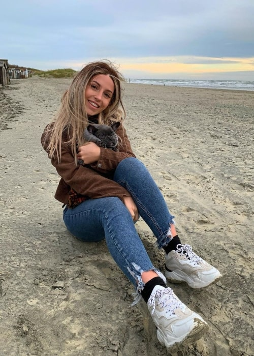 Kirsty Austin as seen in a picture that was taken with her dog Ravioli at the West Wittering Beach in December 2019