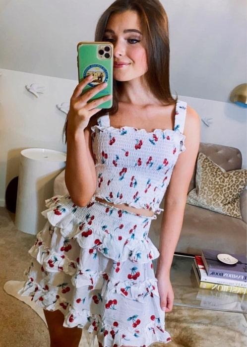 Marcelle LeBlanc enjoying summer fashion in July 2020