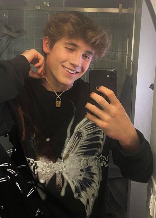 Ollie Muhl as seen in a selfie that was taken in May 2021