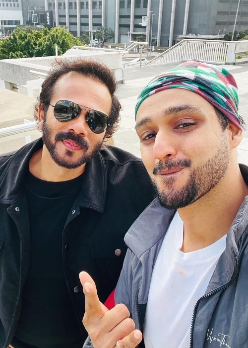 Saurabh Raj Jain (Right) taking a selfie with Rohit Shetty in Cape Town, South Africa in June 2021