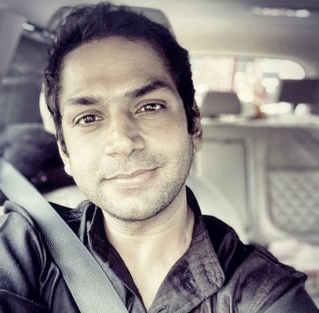 Sharib Hashmi sharing his candid selfie in May 2021