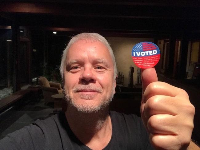 Tim Robbins in November 2020 urging everyone to vote