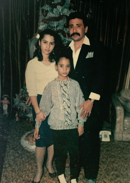 Victoria Cartagena as seen in a #tbt picture with more than Lucy and father Victor Cartagena