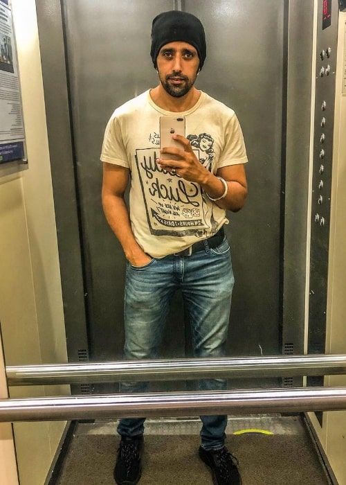 Anil Charanjeett as seen while taking a mirror selfie in August 2021