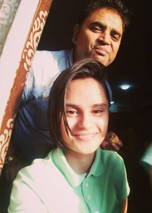 Avani Lekhara as seen in a selfie with her father in June 2018